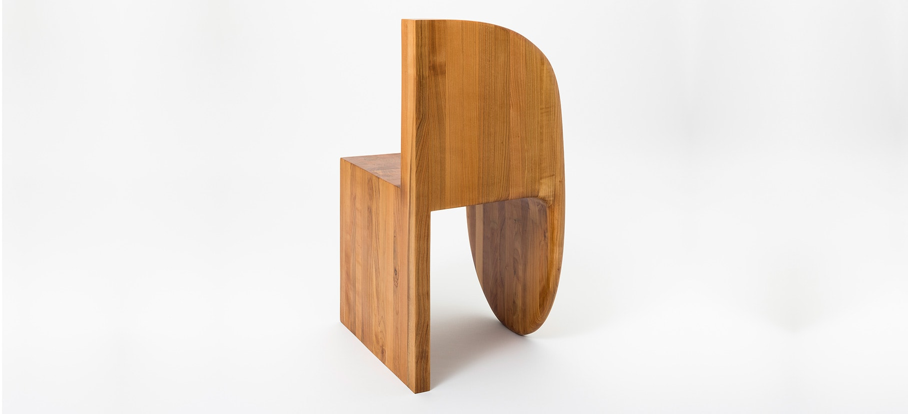 Poly_Chair_Main_6