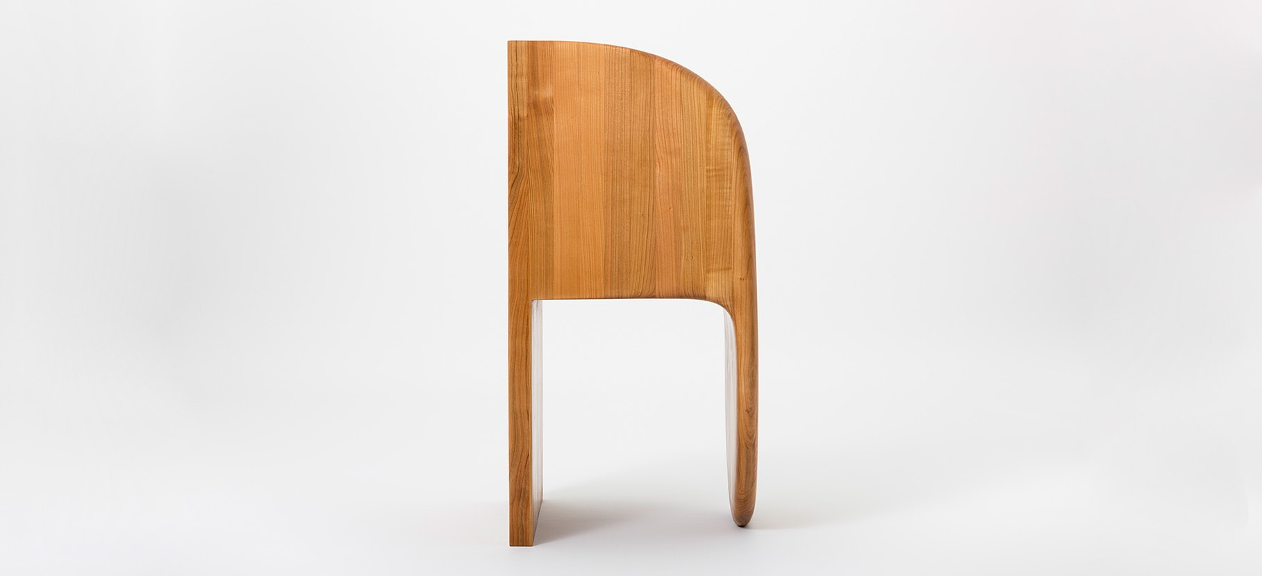 Poly_Chair_Main_8