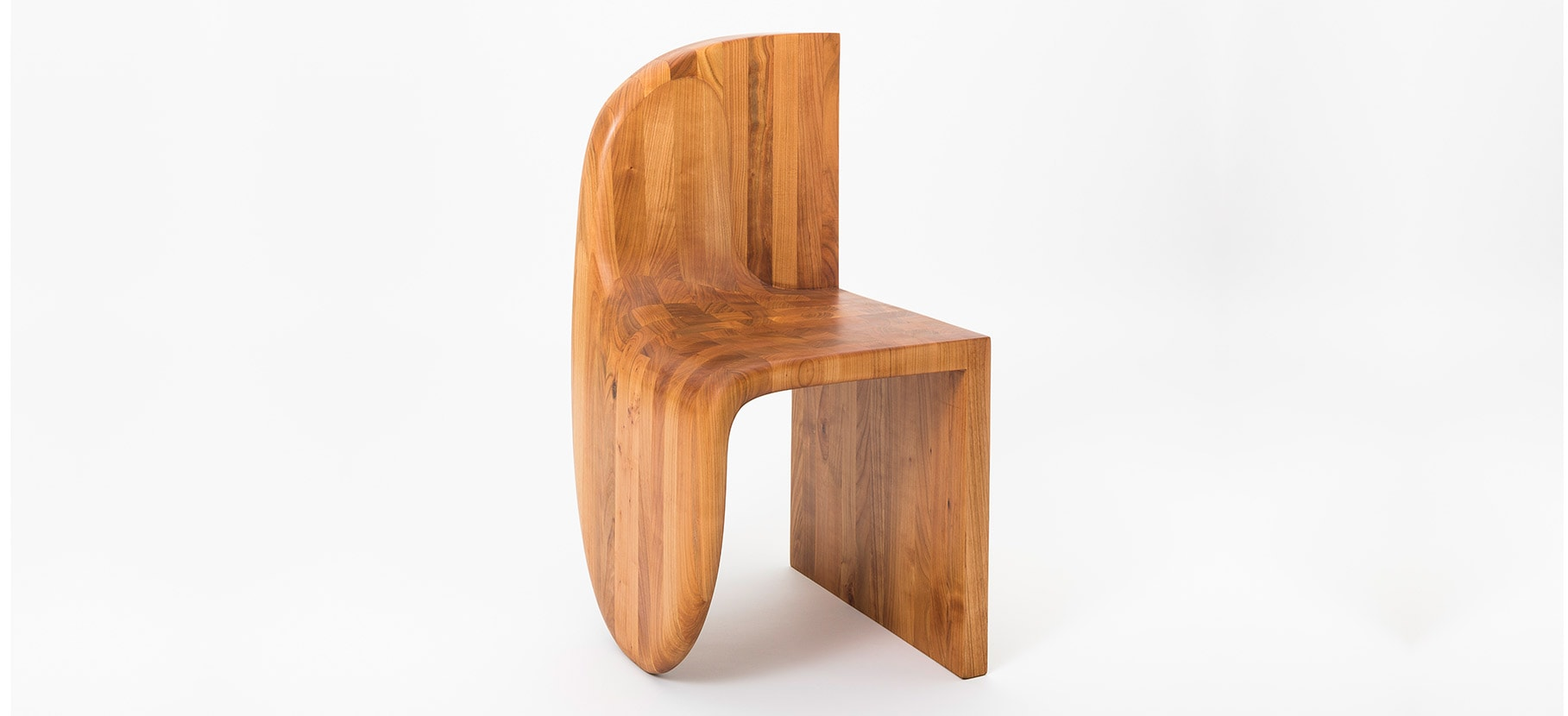 Poly_Chair_Main_4
