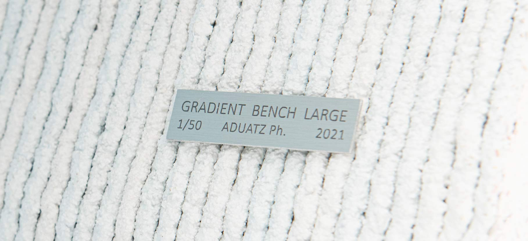 Gradient_Bench_Large_8