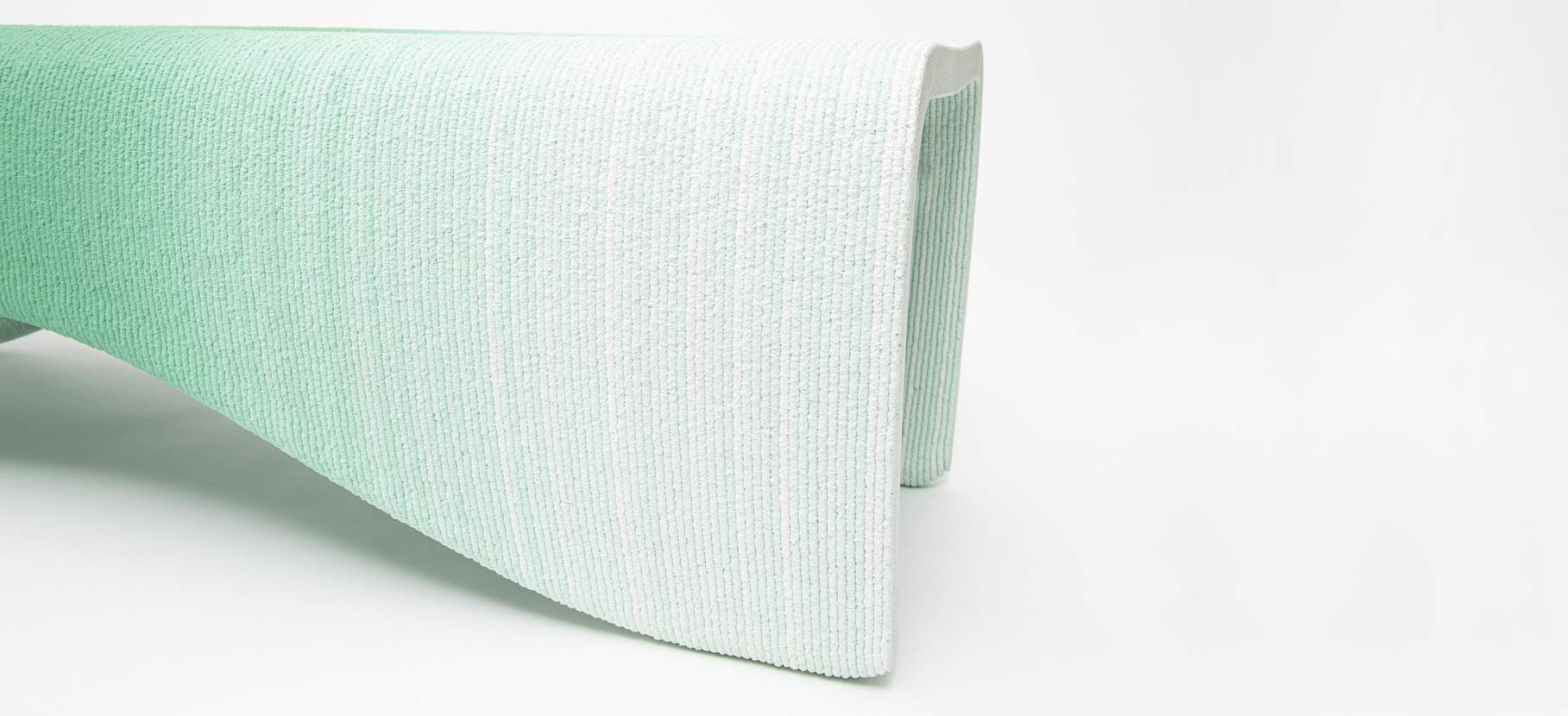 Gradient_Bench_Small_4