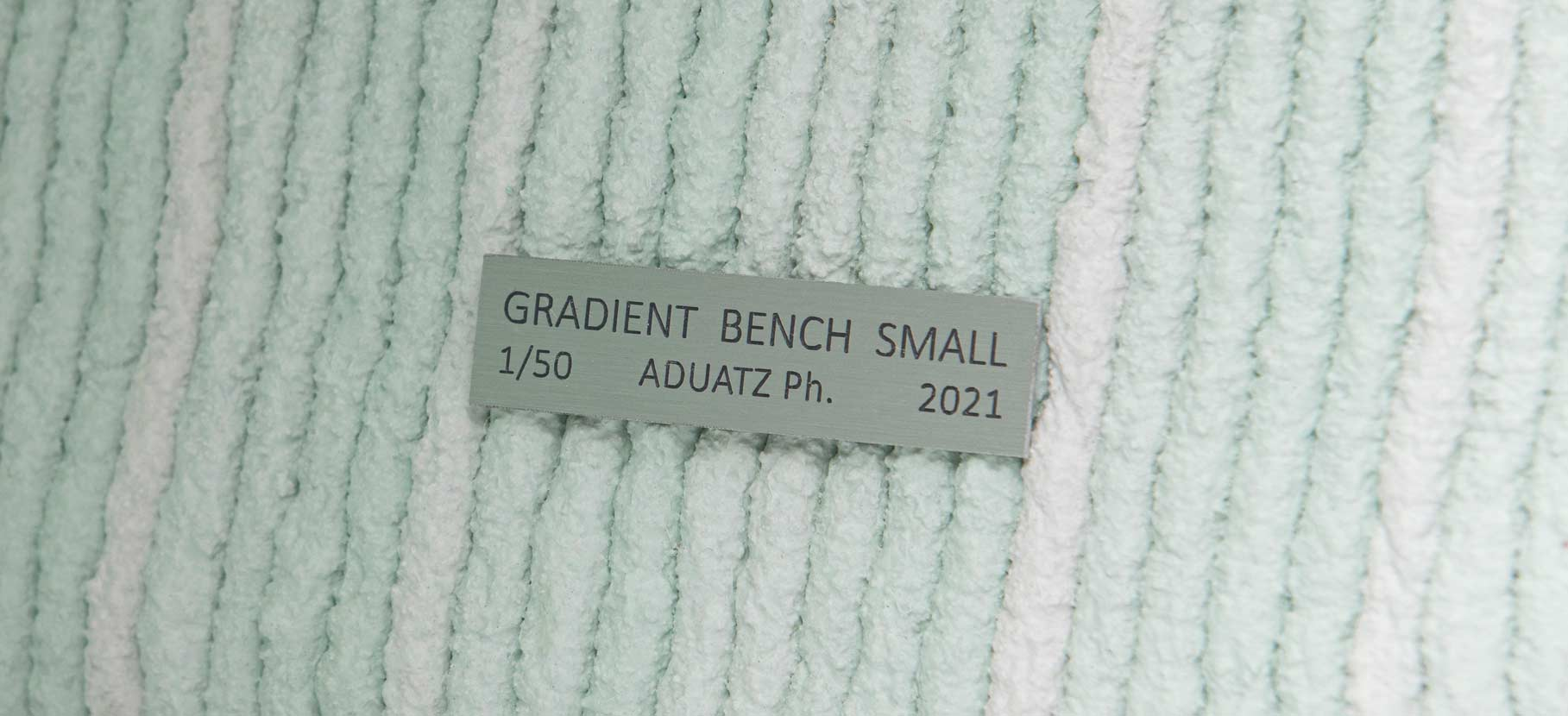 Gradient_Bench_Small_9