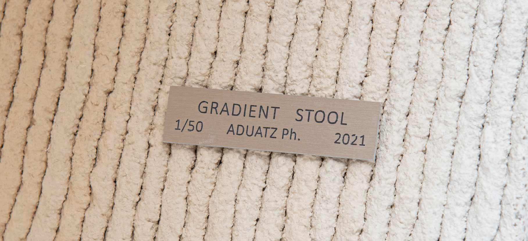 Gradient_Stool_8